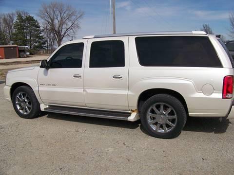 2004 Cadillac Escalade ESV for sale at LYNDON MOTORS in Lyndon KS