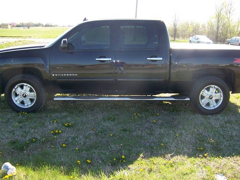 2009 Chevrolet Silverado 1500 for sale at LYNDON MOTORS in Lyndon KS
