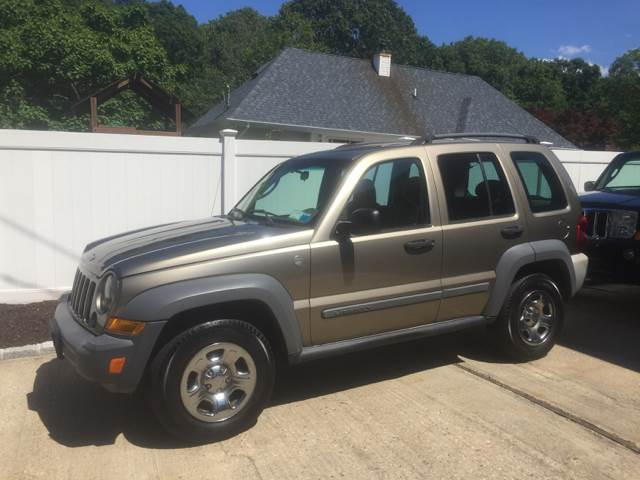 2005 Jeep Liberty Sport 4WD 4dr SUV - Westhampton NY