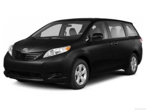 2013 Toyota Sienna for sale at Moser Motors Of Portland in Portland IN