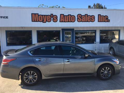 2015 Nissan Altima for sale at Moye's Auto Sales Inc. in Leesburg FL