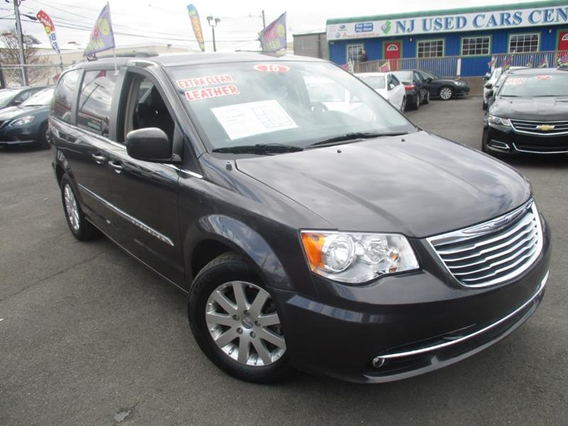 2016 Chrysler Town And Country Touring 4dr Mini-Van In Irvington NJ ...