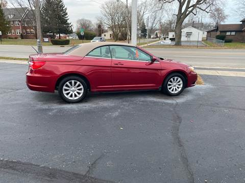2013 Chrysler 200 Convertible for sale at Rick Runion's Used Car Center in Findlay OH