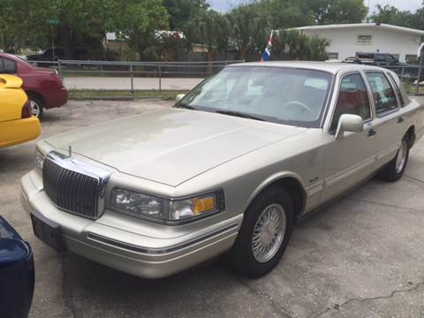 1997 Lincoln Town Car for sale in Winter Haven, FL