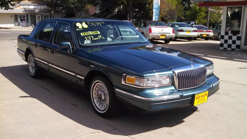 1996 Lincoln Town Car Executive 4dr Sedan In Loveland Co Value