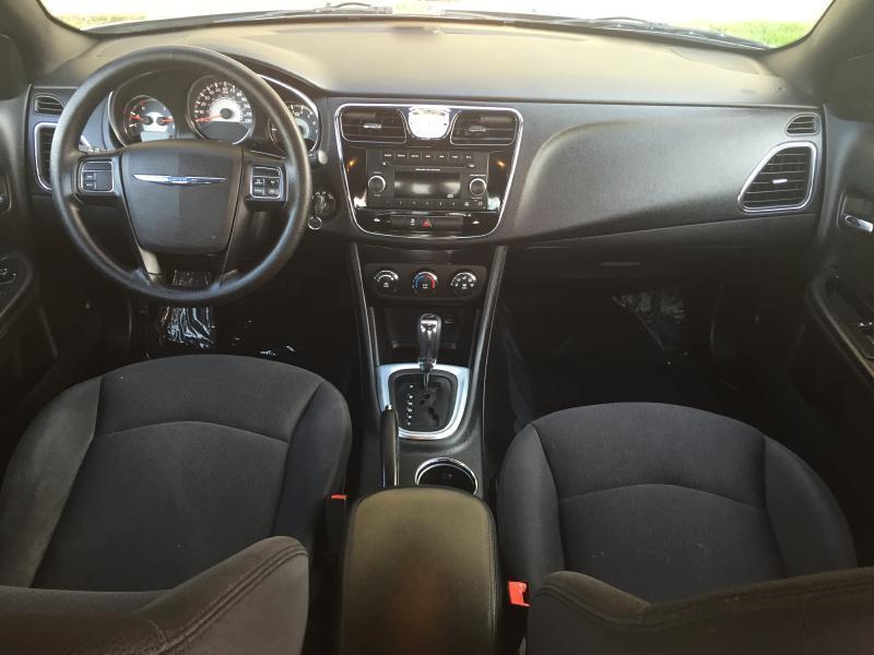 2014 Chrysler 200 LX 4dr Sedan - Manassas VA