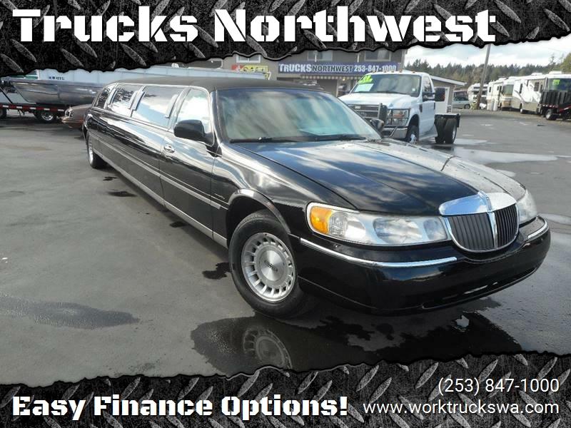 1999 Lincoln Town Car Executive 4dr Sedan W Limousine Builder