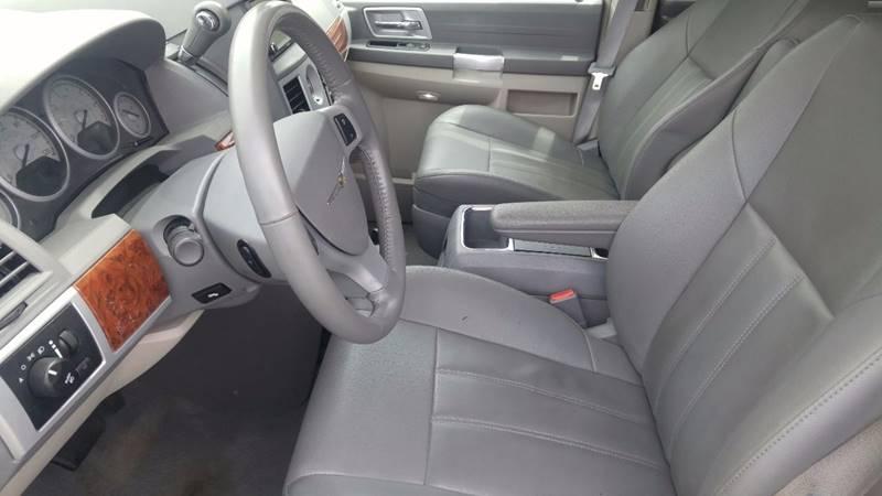 2008 Chrysler Town and Country Touring 4dr Mini-Van - Boyertown PA