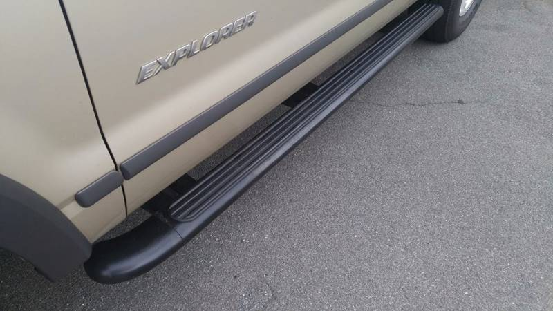 2004 Ford Explorer XLS 4WD 4dr SUV - Boyertown PA