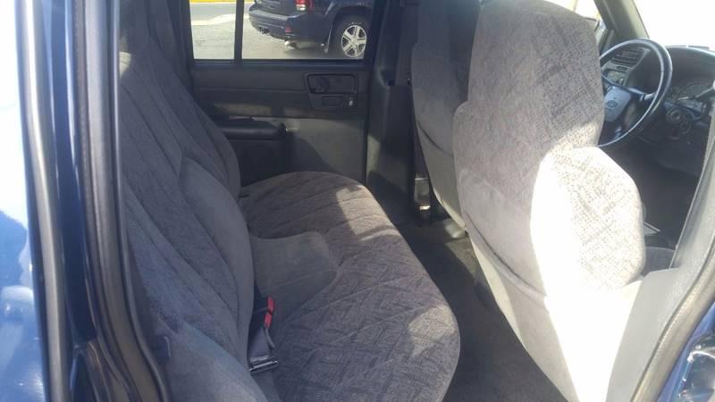 2002 Chevrolet S-10 4dr Crew Cab LS 4WD SB - Boyertown PA