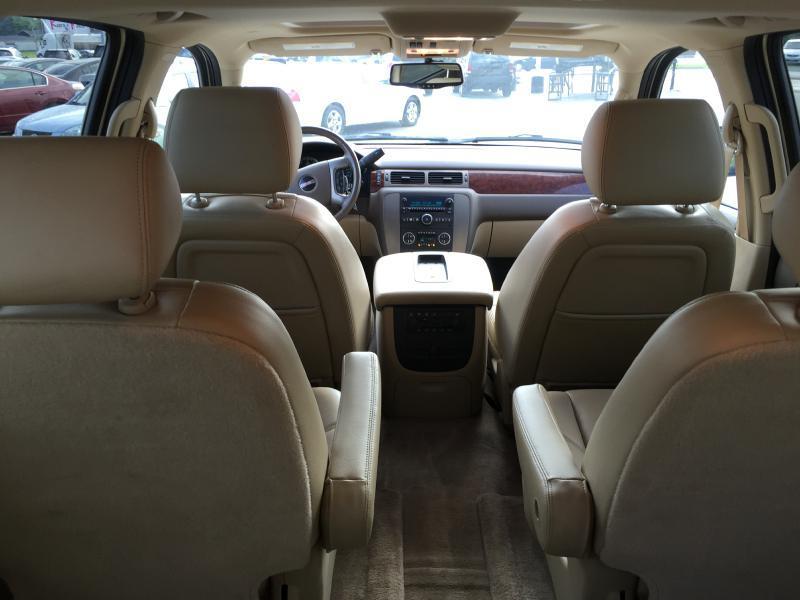 2010 GMC Yukon XL for sale at Kwik Car Sales in Robbins IL