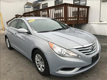 2011 Hyundai Sonata for sale at Kwik Car Sales in Robbins IL