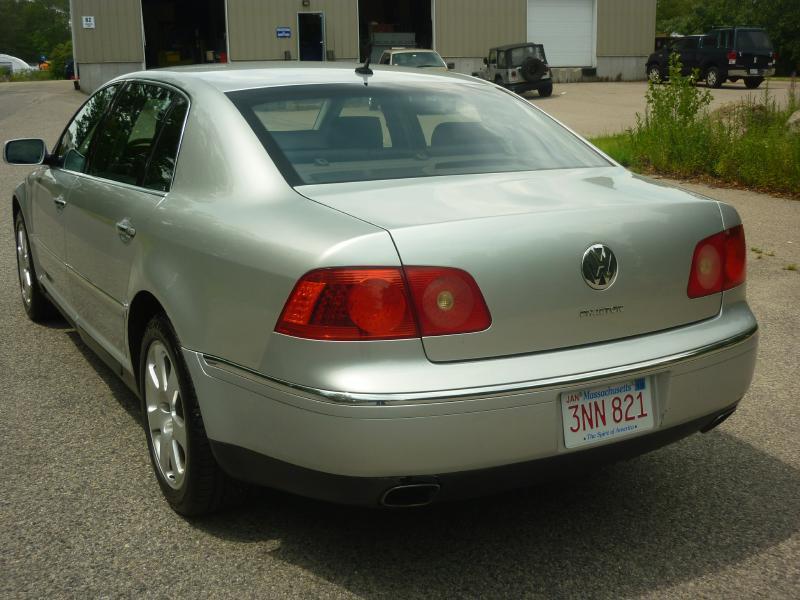 2004 Volkswagen Phaeton V8 4dr Sedan - Braintree MA
