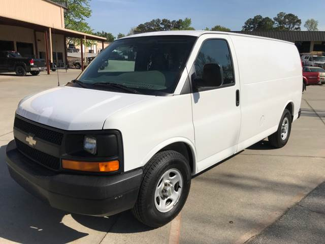 2006 chevrolet express cargo 1500 3dr van in duluth ga b brother rh bbrotherautosales com 2008 Chevrolet Express 2006 chevrolet express 2500 manual