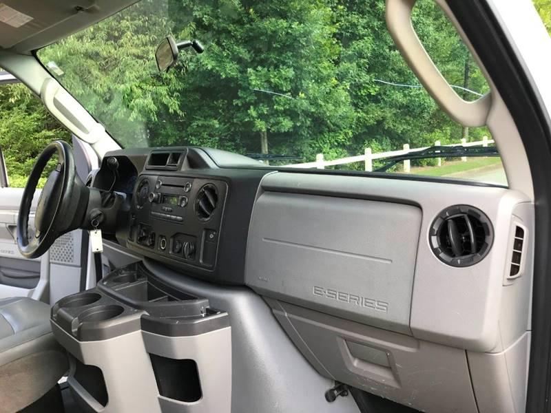 2012 Ford E-Series Cargo E-150 3dr Cargo Van In Duluth GA