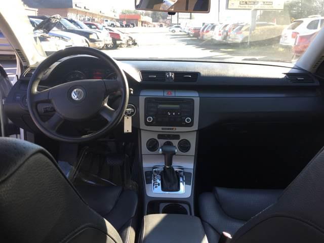 2006 Volkswagen Passat Value Edition 4dr Sedan (2L I4 6A) - Duluth GA