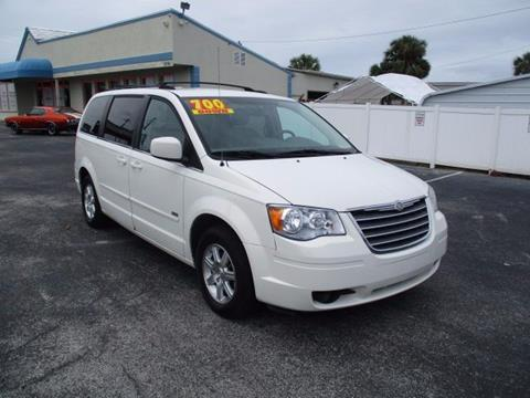 2008 Chrysler Town and Country for sale in Maitland FL
