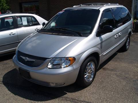 2001 Chrysler Town and Country for sale in Waverly, OH