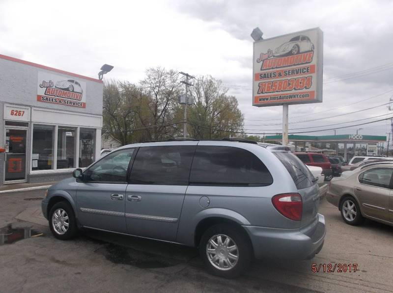 2005 Chrysler Town and Country Touring 4dr Extended Mini-Van - Depew NY