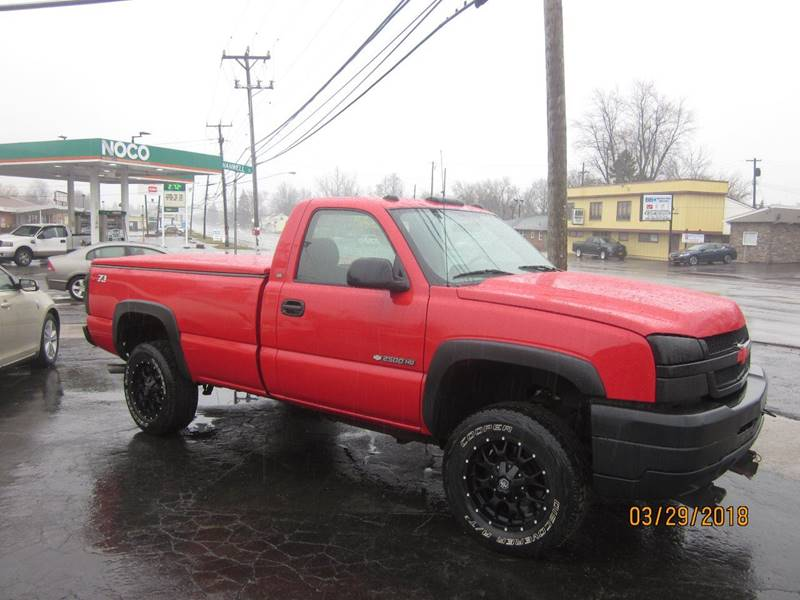 2004 chevrolet silverado 2500hd 2dr regular cab work truck 4wd lb in depew ny jim 39 s automotive. Black Bedroom Furniture Sets. Home Design Ideas