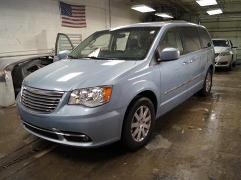 2016 Chrysler Town and Country for sale in Chicago, IL