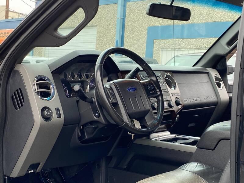 2011 Ford F-250 Super Duty (image 18)