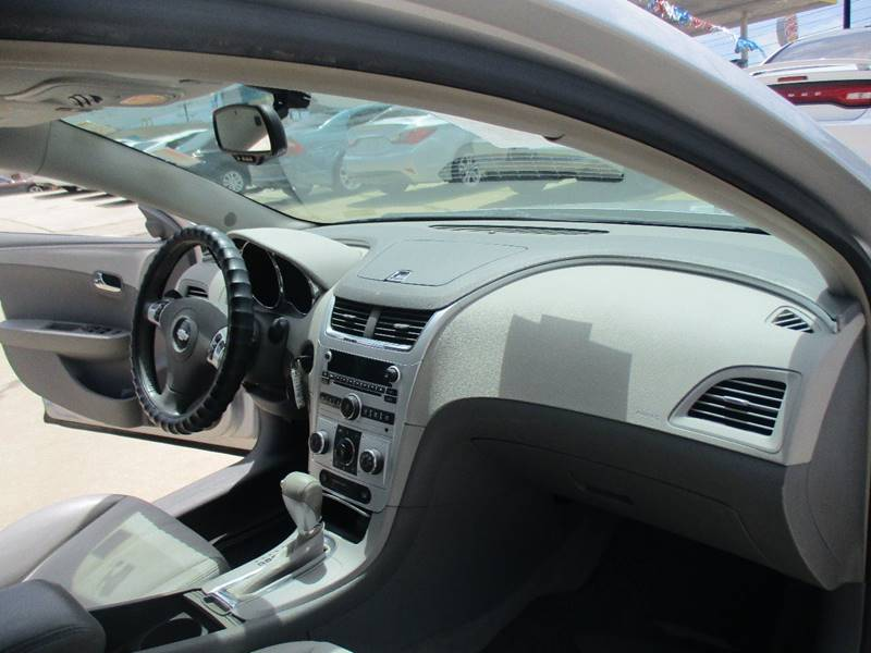 2009 Chevrolet Malibu LT2 4dr Sedan - San Antonio TX
