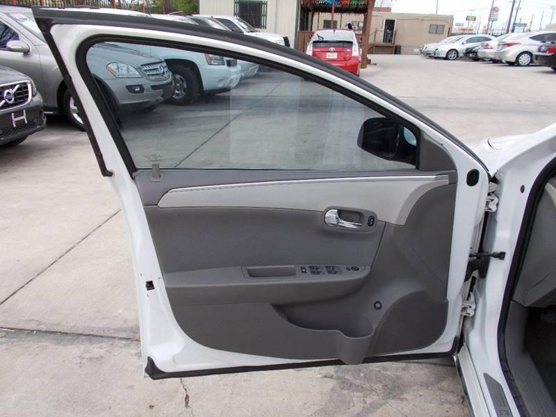 2010 Chevrolet Malibu LT 4dr Sedan w/1LT - San Antonio TX