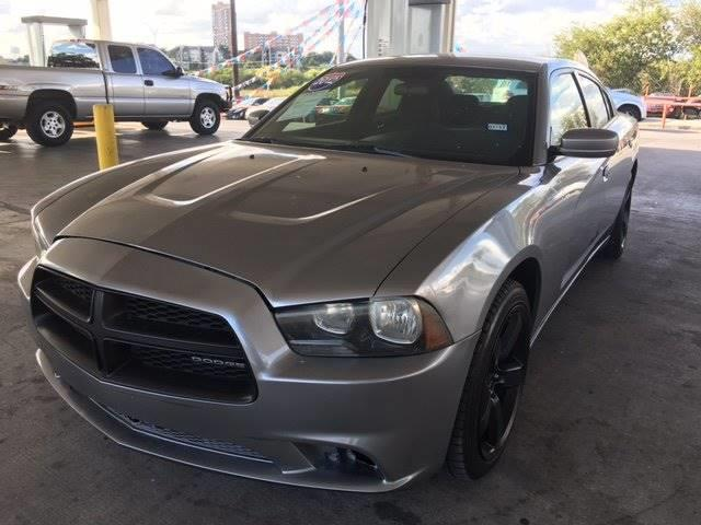 2011 Dodge Charger SE 4dr Sedan - San Antonio TX