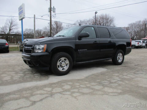 2010 Chevrolet Suburban for sale at Rondo Truck & Trailer in Sycamore IL