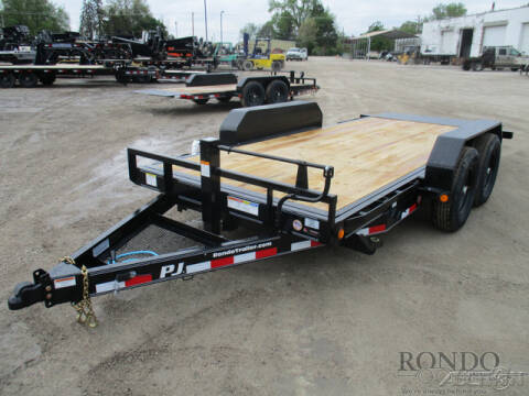 2020 PJ Trailer T6 Equipment Tilt T6J1672BSSTM for sale at Rondo Truck & Trailer in Sycamore IL