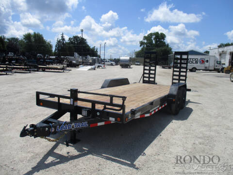 2020 Load Trail Equipment XH8320072 for sale at Rondo Truck & Trailer in Sycamore IL
