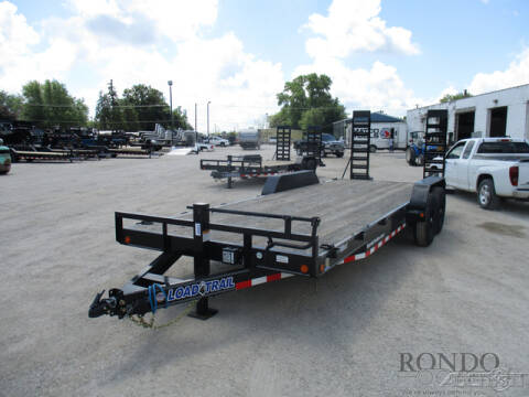 2020 Load Trail Equipment XH8322072 for sale at Rondo Truck & Trailer in Sycamore IL