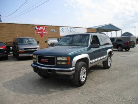 1995 GMC Yukon for sale at Rondo Truck & Trailer in Sycamore IL