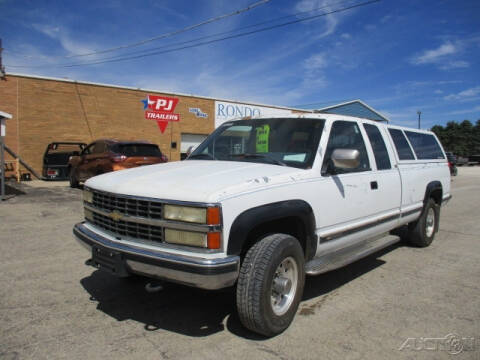 1993 Chevrolet C/K 3500 Series for sale at Rondo Truck & Trailer in Sycamore IL