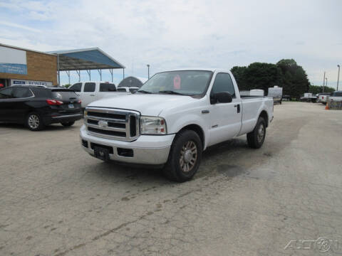 2007 Ford F-250 Super Duty for sale at Rondo Truck & Trailer in Sycamore IL