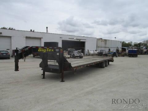 2015 Big Tex Gooseneck 22GN-30BK+5MR for sale at Rondo Truck & Trailer in Sycamore IL