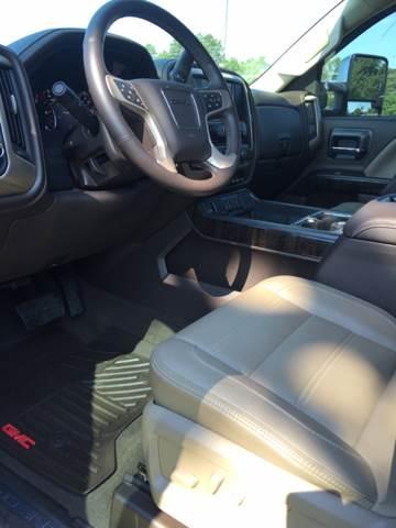 2015 GMC Sierra 2500HD 4x4 Denali 4dr Crew Cab SB - Longview TX