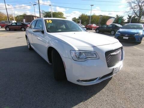 2016 Chrysler 300 for sale in Radcliff, KY