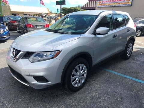2016 Nissan Rogue for sale at CHASE MOTOR in Miami FL