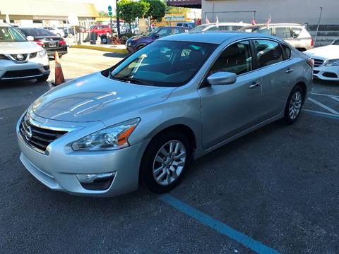 2014 Nissan Altima for sale at CHASE MOTOR in Miami FL