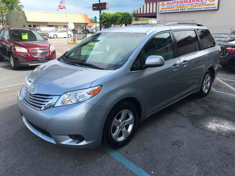 2016 Toyota Sienna for sale at CHASE MOTOR in Miami FL
