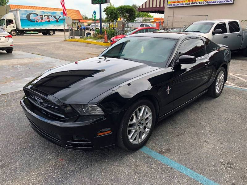 2013 Ford Mustang for sale at CHASE MOTOR in Miami FL