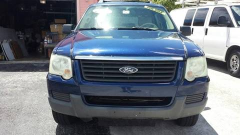 2006 Ford Explorer for sale at CHASE MOTOR in Miami FL