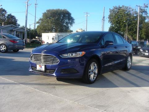 2013 Ford Fusion for sale at EURO MOTORS AUTO DEALER INC in Champaign IL
