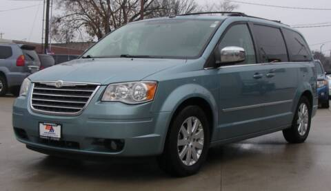 2010 Chrysler Town and Country for sale at EURO MOTORS AUTO DEALER INC in Champaign IL
