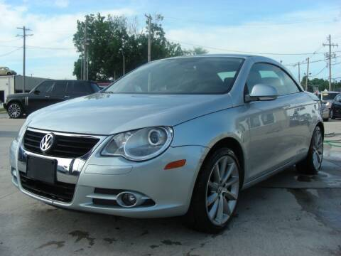 2007 Volkswagen Eos for sale at EURO MOTORS AUTO DEALER INC in Champaign IL