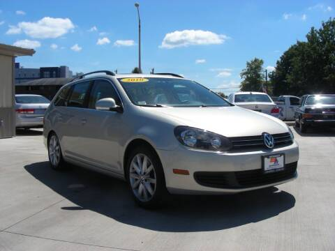 2010 Volkswagen Jetta for sale at EURO MOTORS AUTO DEALER INC in Champaign IL
