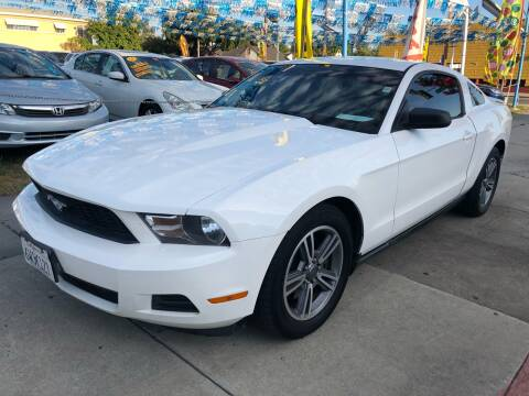 2011 Ford Mustang for sale at Plaza Auto Sales in Los Angeles CA