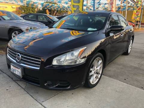 2010 Nissan Maxima for sale at Plaza Auto Sales in Los Angeles CA